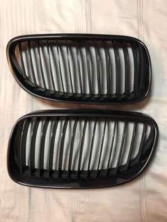 Original BMW E92 E93 Black Kidney Grills Single Fin