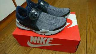 Nike soc k dArt