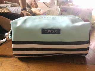 RM20 - Pouch