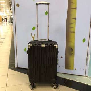 Hand Carry Luggage Box~20inches