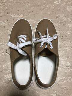 Muji shoe