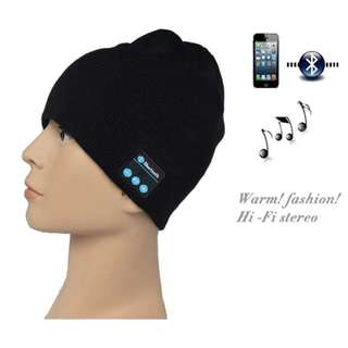 1424. Wireless Bluetooth Knit Hat Music Cap Hands-free Phone Call Answer Ears-free Beanie Hat (Black