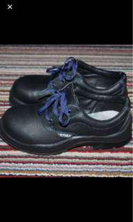 Safety Shoes Kynox italy