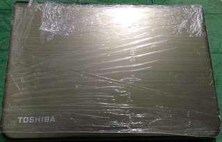 Toshiba L40-A Gold