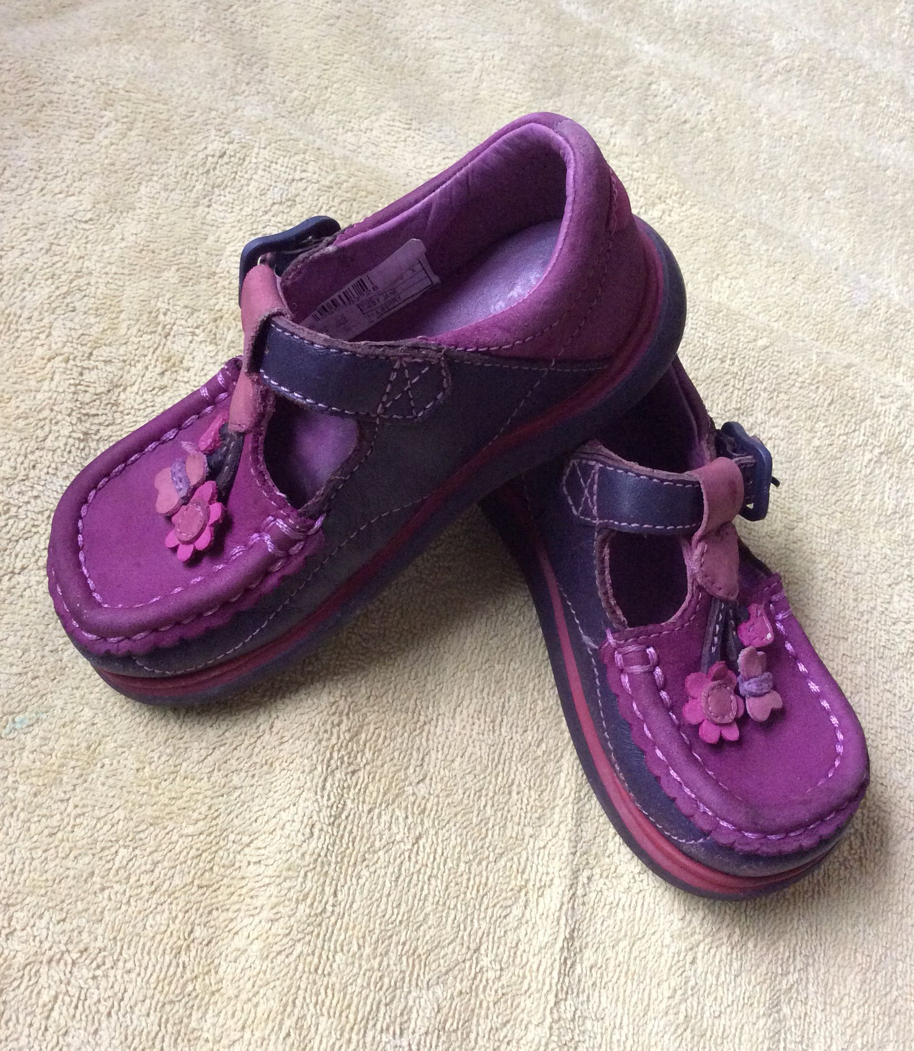 8eeca573ab5d 8 10 Clarks pink purple baby   toddler   kids   girl   gal leather ...