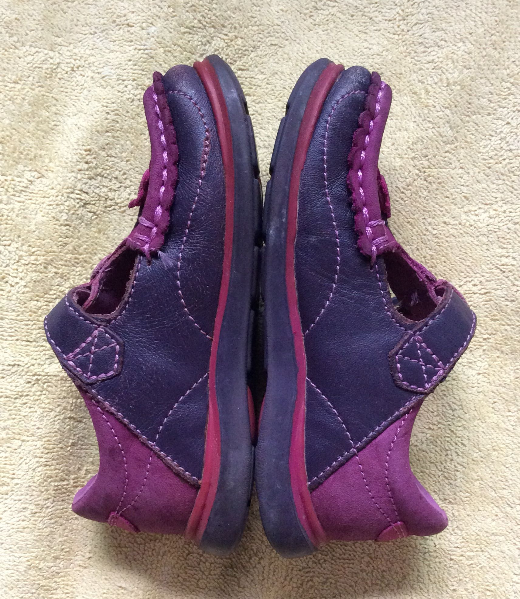 3b15920675e0 8 10 Clarks pink purple baby   toddler   kids   girl   gal leather shoes  size 6 16cm