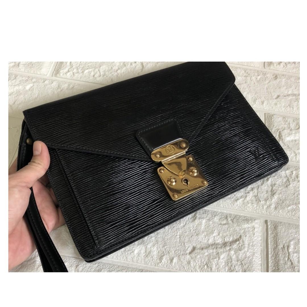 9a9e7382ab2d Authentic Louis Vuitton Monceau Clutch