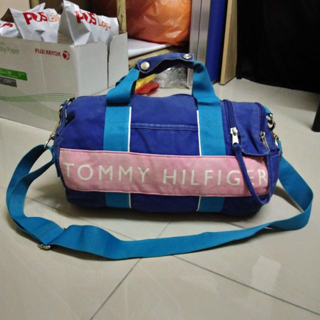 979378ad Authentic Tommy Hilfiger Duffle Bag, Men's Fashion, Bags & Wallets ...