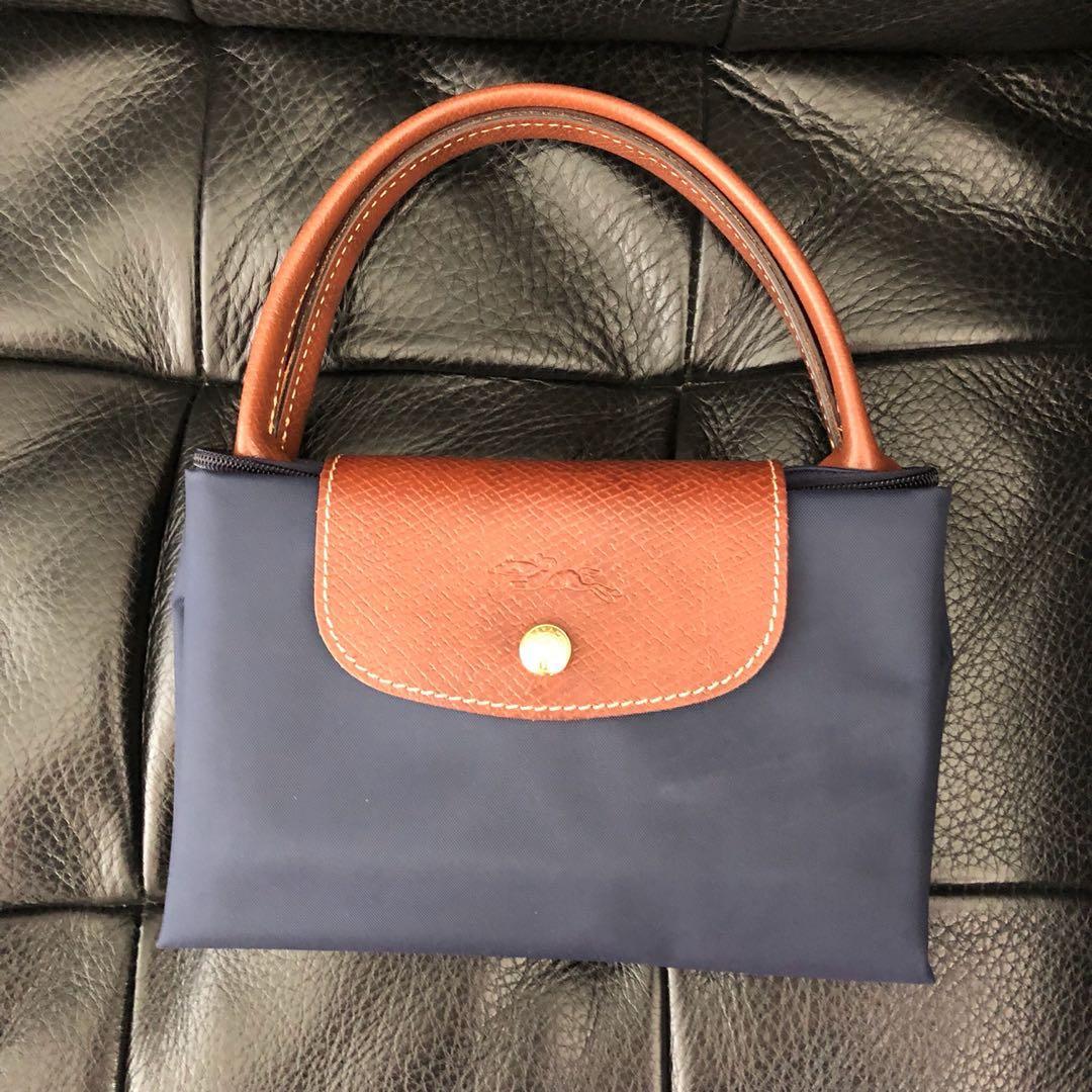 Brand New Authentic Navy Blue Longchamp Le Pliage Top Handle M