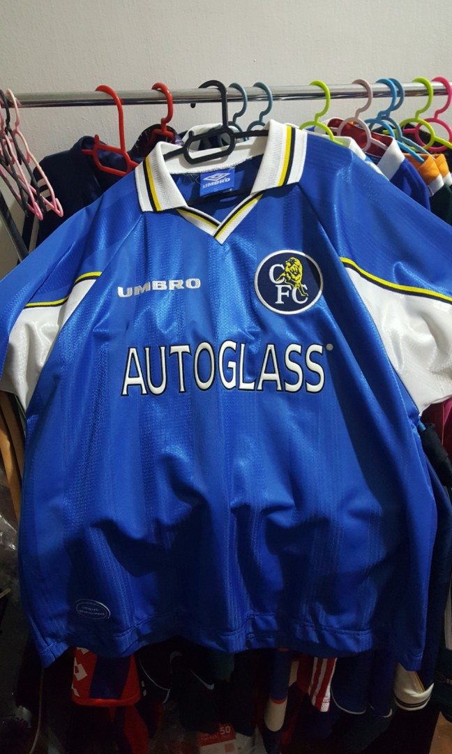 reputable site 5b1a7 ece25 Chelsea Vintage Umbro Home Football Jersey XL