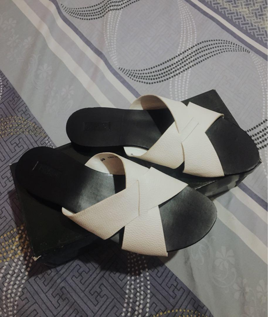 Janeo White Cross Strap Sandals, Women