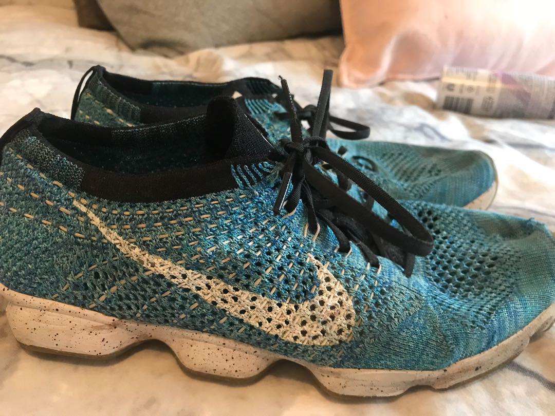 Nike fly knits women's 8.5