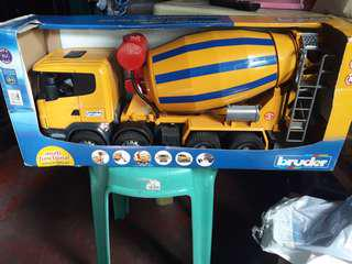 Bruder mixer truck 3554