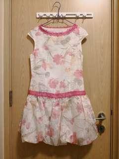全新白色花花連身裙