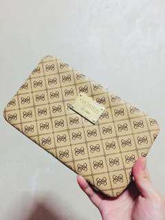 Guess hard wallet