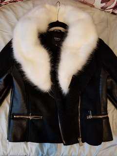 Size M Black biker Jacket with detachable faux fur collar