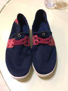 🚚 水上運動 鞋 24號購於迪卡儂