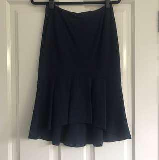 Navy tokito size 8 women's skirt