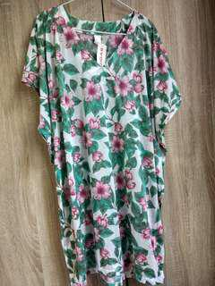 Green floral long blouse