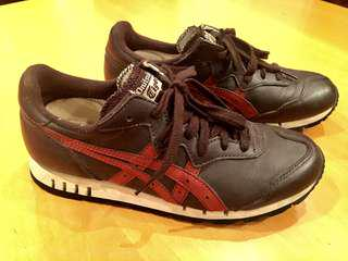 Onitsuka Tiger X-Caliber special edition size 8 womens