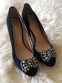 Ladies SIREN Black Heels with diamonds design - Size 8.5 *Never Been worn*