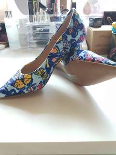 new! butterfly kitten heels