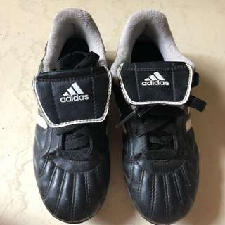 4f16a5fe0 Adidas Traxion Youth Soccer Cleats - Boys or Girls Kids Black Shoes