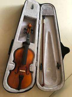 1/4  violin  for sale