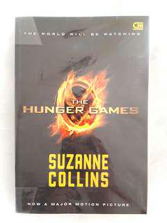 Package: The Hunger Games Series by Suzanne Collins