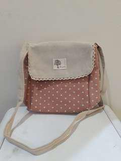 Polkdot sling bag pink