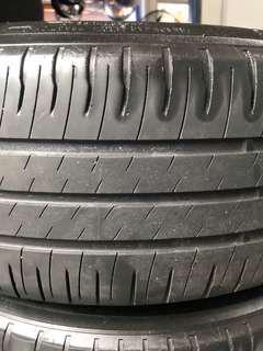 195/65R15 Michelin XM2