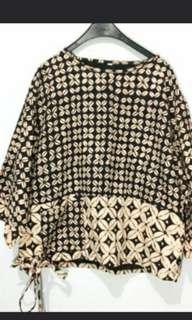 Batik top brown