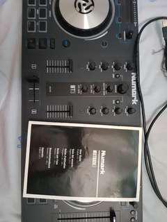 NUMARK DJ SET