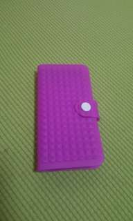 Silicone case Violet Iphone 5 or 5S bought in Sinagapore