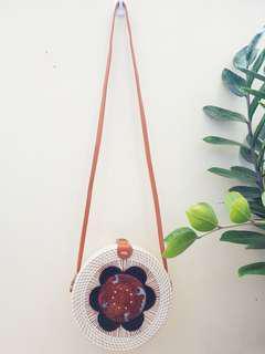 Guaranteed authentic: 20cm rattan bag from Bali
