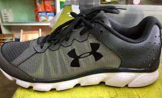 Bnew Authentic Under Armour Assert 6