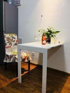 折疊餐檯,餐桌