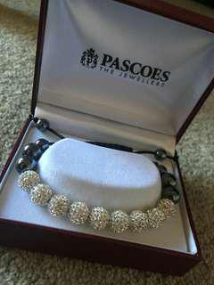 Pascoes bracelet