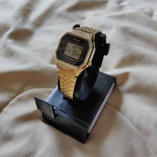 (New) Casio woman watch (Gold)