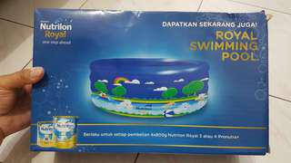 Royal Swimming Pool (free 1pcs Royal Canister)