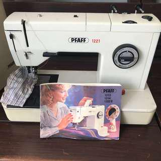 PFAFF vintage sewing machine