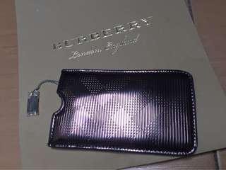 Authentic Burberry Pouch iPhone 6 / 7 / 8 (not plus model)