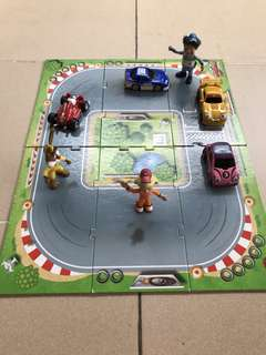 Rory the racing car puzzle and figurines