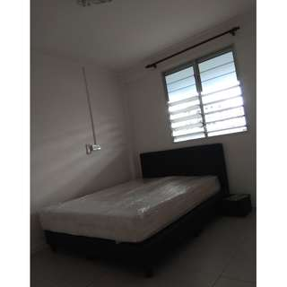 RENT BOON LAY ROOM CHEAP!!!