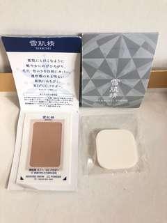 hkd9/套 kose sekkisei snow cc powder spf14/pa+ 02 natural skin tone 雪肌精cc粉底,締造洋溢透明感的透亮素肌,溶入肌膚的粉底。 宛如溶入肌膚般輕柔地延展,自然遮蓋毛孔.膚色不均。