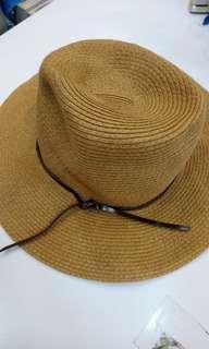 日本品牌〈草帽〉