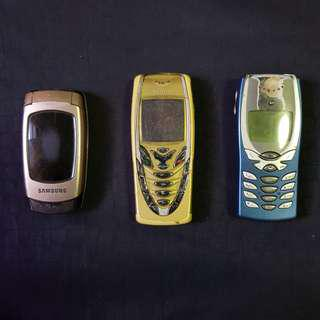 Classic antique handphones of year 2000s. Nokia and Samsung. Help me dispose pls!