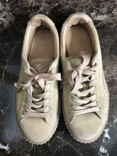 Fenty x Puma Oatmeal Creeper Sneaker  AUTHENTIC 1st Drop 37 1/2