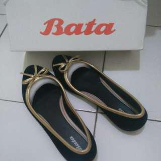 Bata Jelly Shoes Black Suede