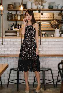 Thread Theory: Luxe Appeal Midi Dress in Black (XS)